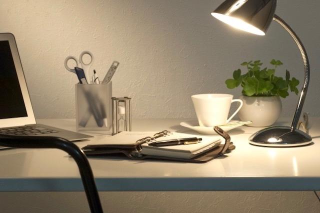 知って得する照明術・電気代節約術&早寝早起きできるようになる照明術