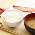 酒粕味噌汁と焼き鮭のレシピ