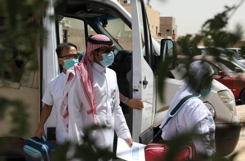 #خذ_الخطوة.. تضامناً مع وزارة الصحة..   جمعية ألزهايمر تطلق مبادرة تطعيم المرضى بمنطقة الرياض