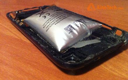 Раздутая батарея на iPhone 3Gs