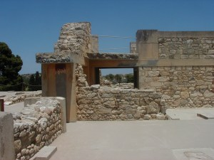 Volcanic Eruption on Santorini and The Palace of Knossos
