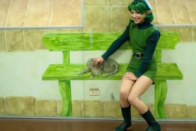 legend-of-zelda-ocarina-of-time-saria-cosplay-bench-cat