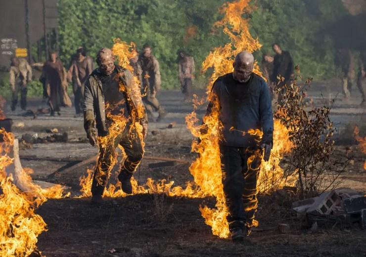 the-walking-dead-season5-episode1-walkers