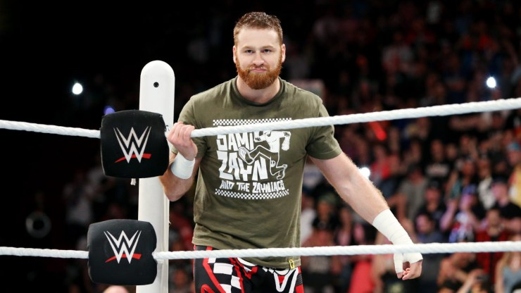 WWE RAW Recap: 5/4/15–The Lunatic Fringe!
