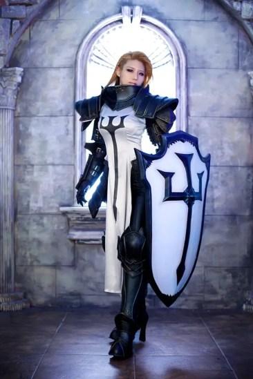 diablo-III-crusader-cosplay-tasha