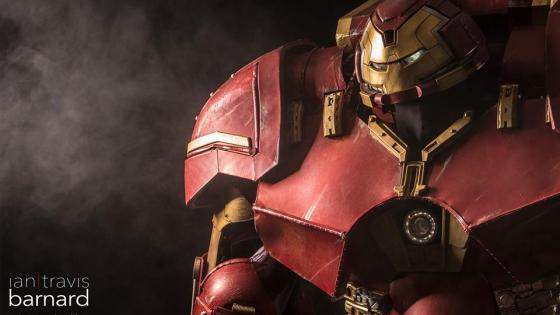 Iron Man Hulkbuster Armor Cosplay by Extreme Costumes