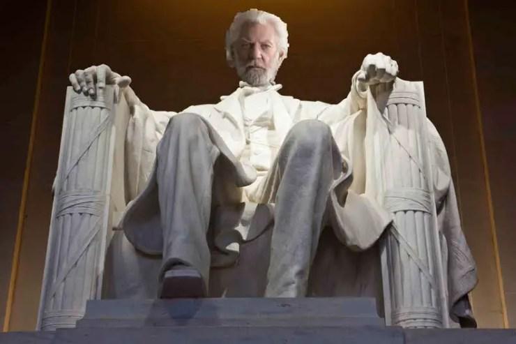 Mockingjay: Part 2 - The War of Katniss Aggression
