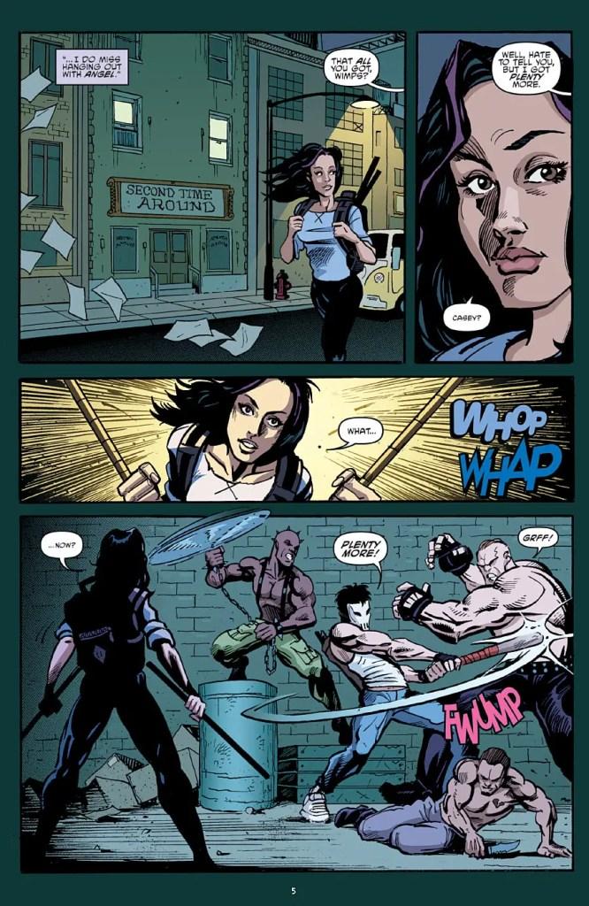 teenage-mutant-ninja-turtles-52-casey-fighting