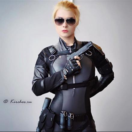 cassie-cage-captain-irachka-cosplay-5