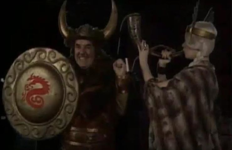 the-ghostbusters-1975-viking-shield