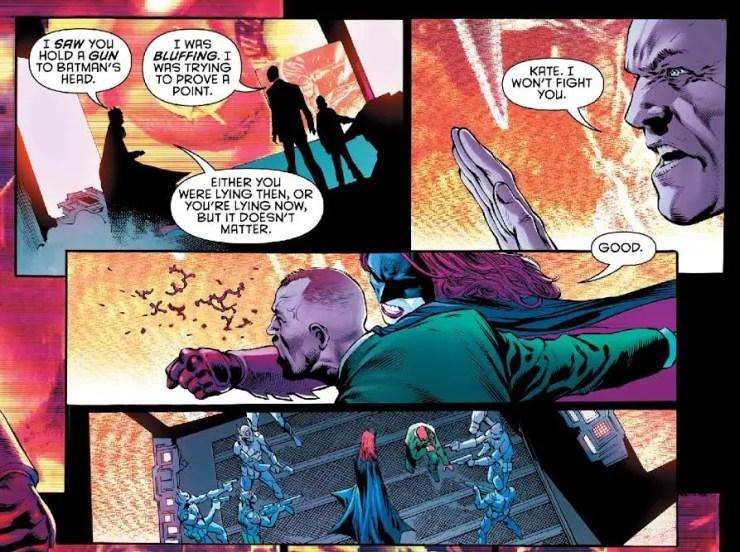 detective-comics-940-batwoman-punch