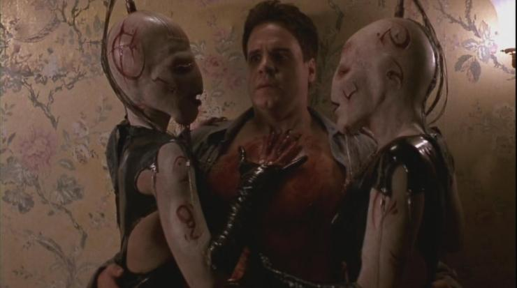 hellraiser-wire-twins