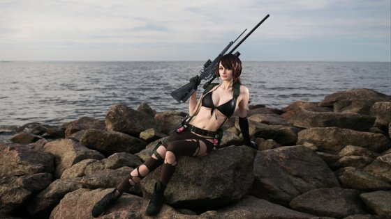 Metal Gear Solid V: Quiet Cosplay by Tniwe