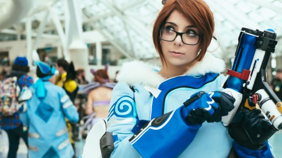 Overwatch: Mei Cosplay by Momokun