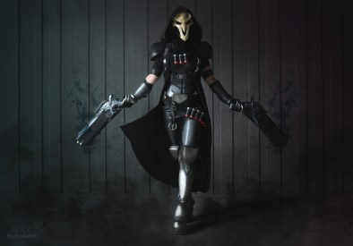 overwatch-reaper-cosplay-by-bloodraven-featured