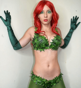 poison-ivy-cosplay-felicity-davis-6