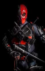 deathstroke-cosplay-by-maxx-grey-3