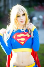 supergirl-cosplay-by-tali-xoxo-4