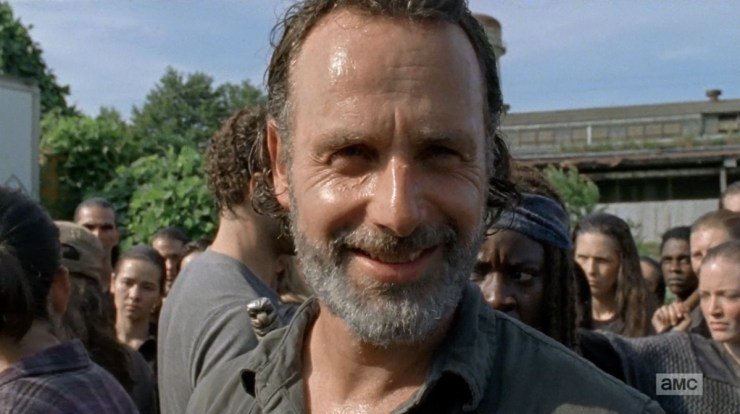 Optimized-the-walking-dead-s7e9-rock-in-the-road-rick-smile