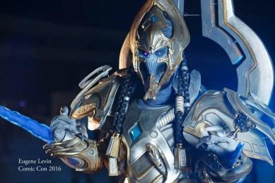starcraft-artanis-cosplay-by-yuggy-13