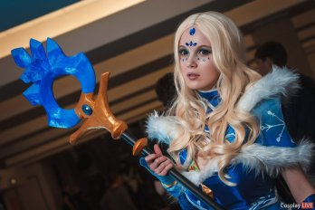 dota-2-crystal-maiden-cosplay-by-akina-gasai-16
