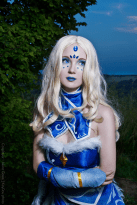 dota-2-crystal-maiden-cosplay-by-akina-gasai-4