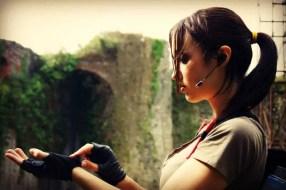 lara-croft-tomb-raider-legend-cosplay-by-eilaire-4