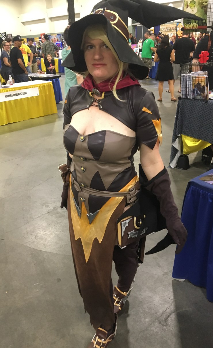 [MASSive Comic Con] Pokémon and super heroes and cosplayers, oh my!