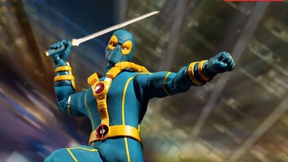 Unboxing/Review: X-Men Deadpool One:12 Mezco SDCC exclusive action figure