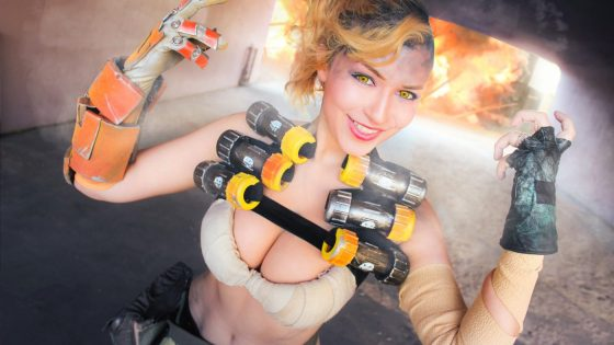 We loved this Junkrat genderbend cosplay by Angelica from a while back and now we've got one by Sheila from cosplaying couple team Aicosu that's equally impressive to add to the ranks.