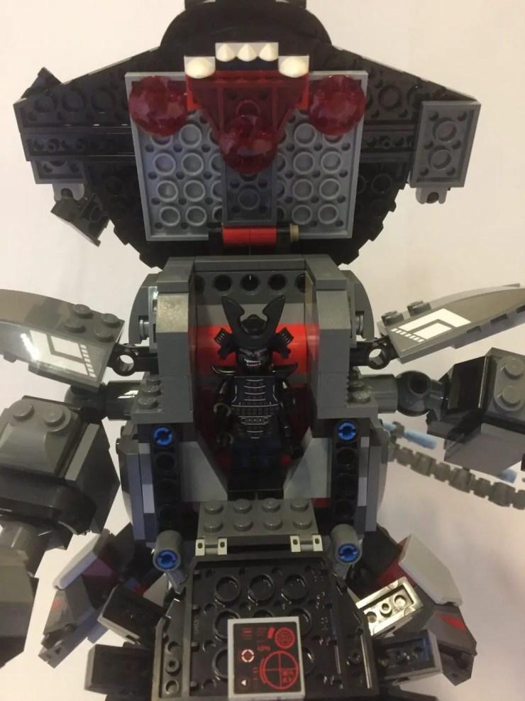 LEGO Ninjago Garma Mecha Man: Build part 2