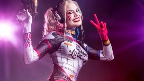 Overwatch's D.Va + DC Comics' Harley Quinn = D.Va Quinn.  In cosplay form.