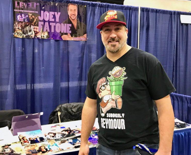 Geeking out with *NSYNC's Joey Fatone at Rhode Island Comic Con 2017