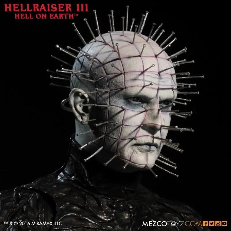 """Unboxing/Review: Mezco Toyz Hellraiser 12"""" action figure"""