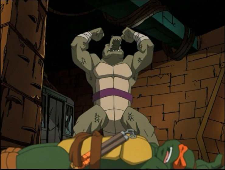 Leatherhead defeats Michelangelo