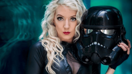 """I keep a dinosaur in my purse"": An interview with cosplayer and actress Sparkle Stache"