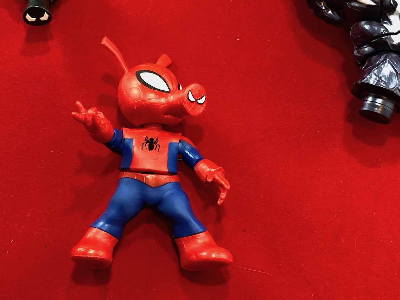 Unboxing the Marvel Legends Spider-Ham (Monster Venom BAF) Spider-Man Hasbro Toy