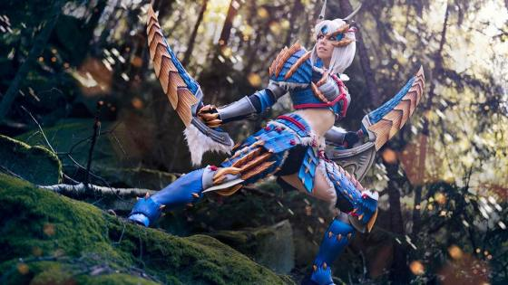 Cosplayer Kamui not only shows off her wonderful creations (from Monster Hunter to World of Warcraft) -- she teaches you how she made them too!