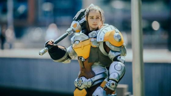 Overwatch: Brigitte cosplay by Danielle Debs
