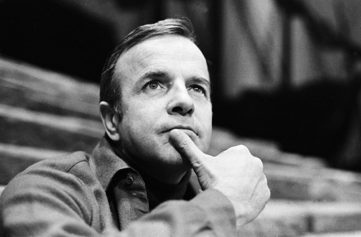 Freddie Jones is dead at 91