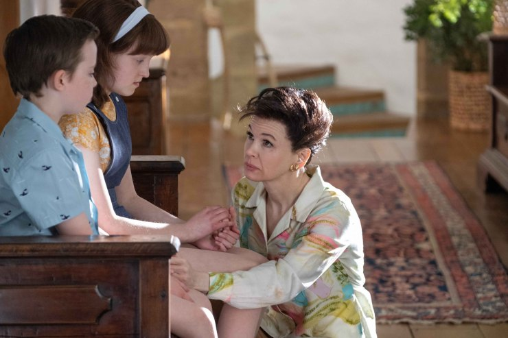 'Judy' review: Zellweger gives a commanding lead performance