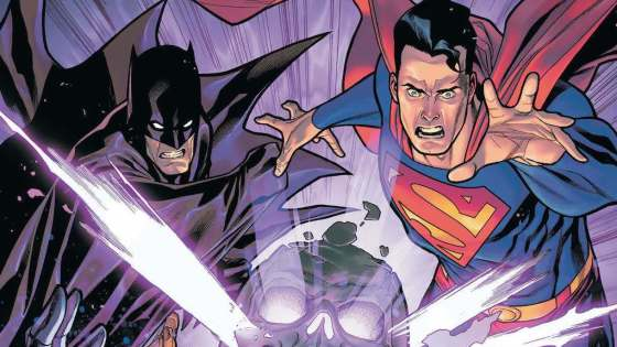 Batman/Superman feels natural in its setup and delivery.