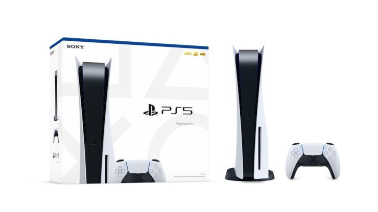 Amazon customers that pre-ordered PS5 might get the console after launch