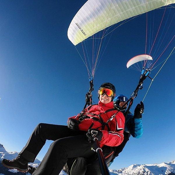 Paragliding im Winter in Davos