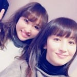 「鮮烈デビュー」したスタッフと矢田亜希子さんの髪。
