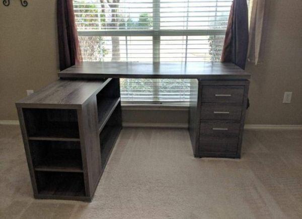 [Review] Monarch Specialties Hollow-Core Corner Desk