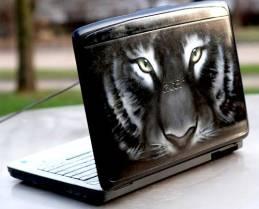 airbrush-on-laptop-27