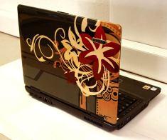 airbrush-on-laptop-95