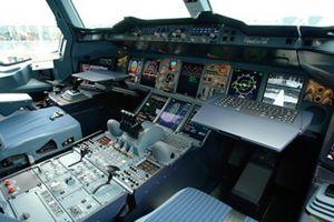 medium resolution of a380 cockpit virtual visit