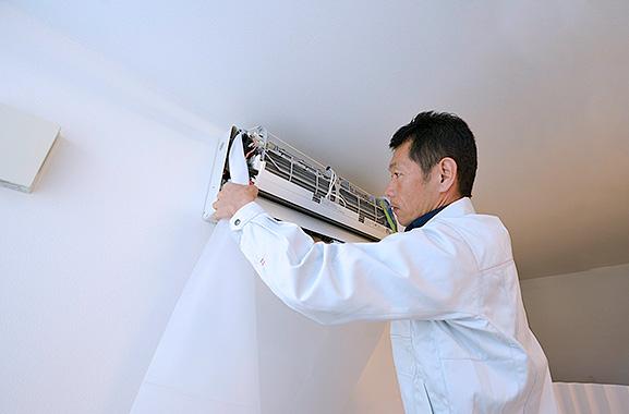 株式会社エアコンカバーサービス エアコン清掃カバー取り付け方(3)